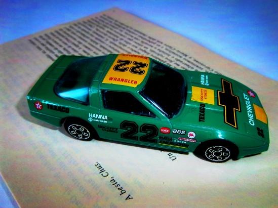 Chevrolet besta 22